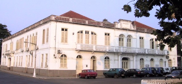 edificio-do-supremo-trubunal-de-justica.jpg