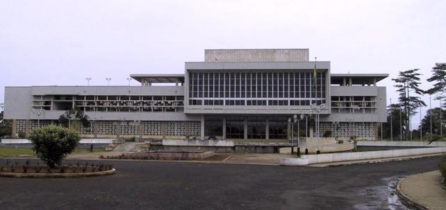 palacio-do-parlamento.jpg
